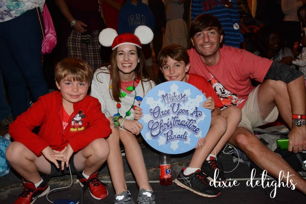 PhotoPass_Visiting_Mickeys_Very_Merry_Christmas_Party_7541183715