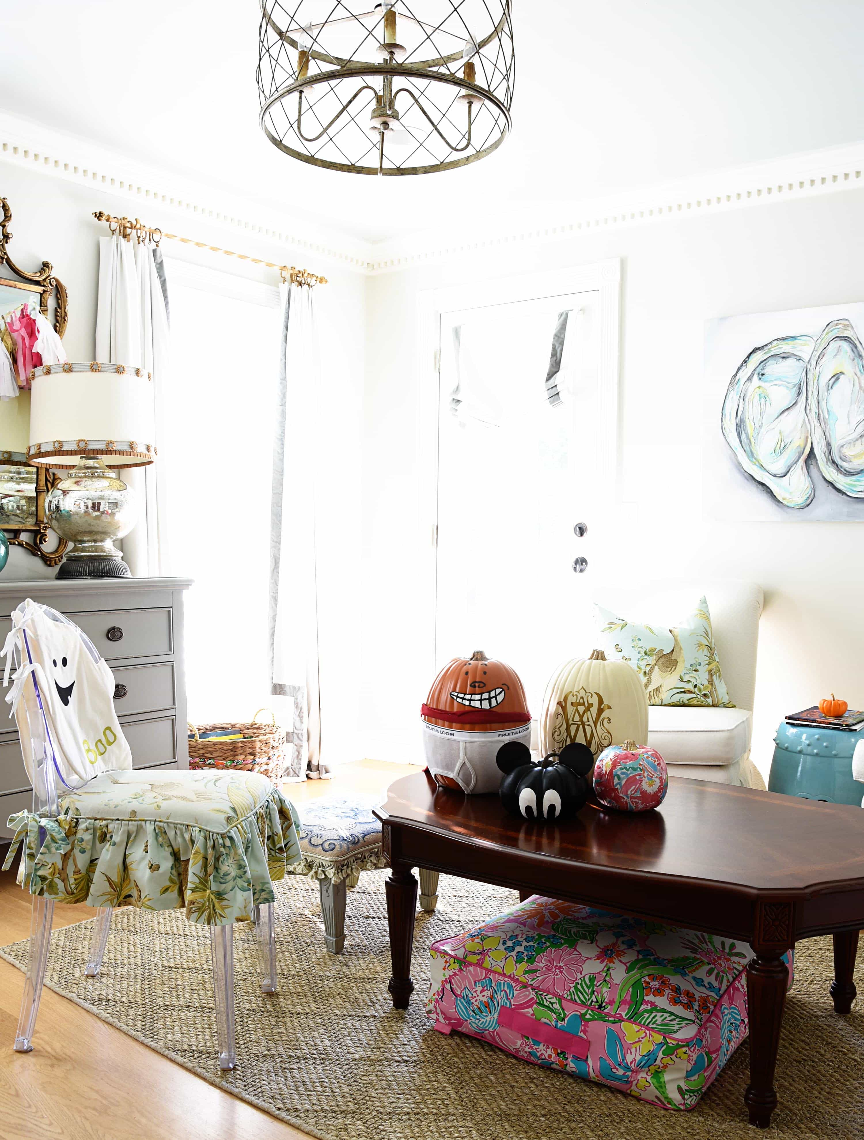 A Haunted Halloween {Living Room + Office} – Dixie Delights