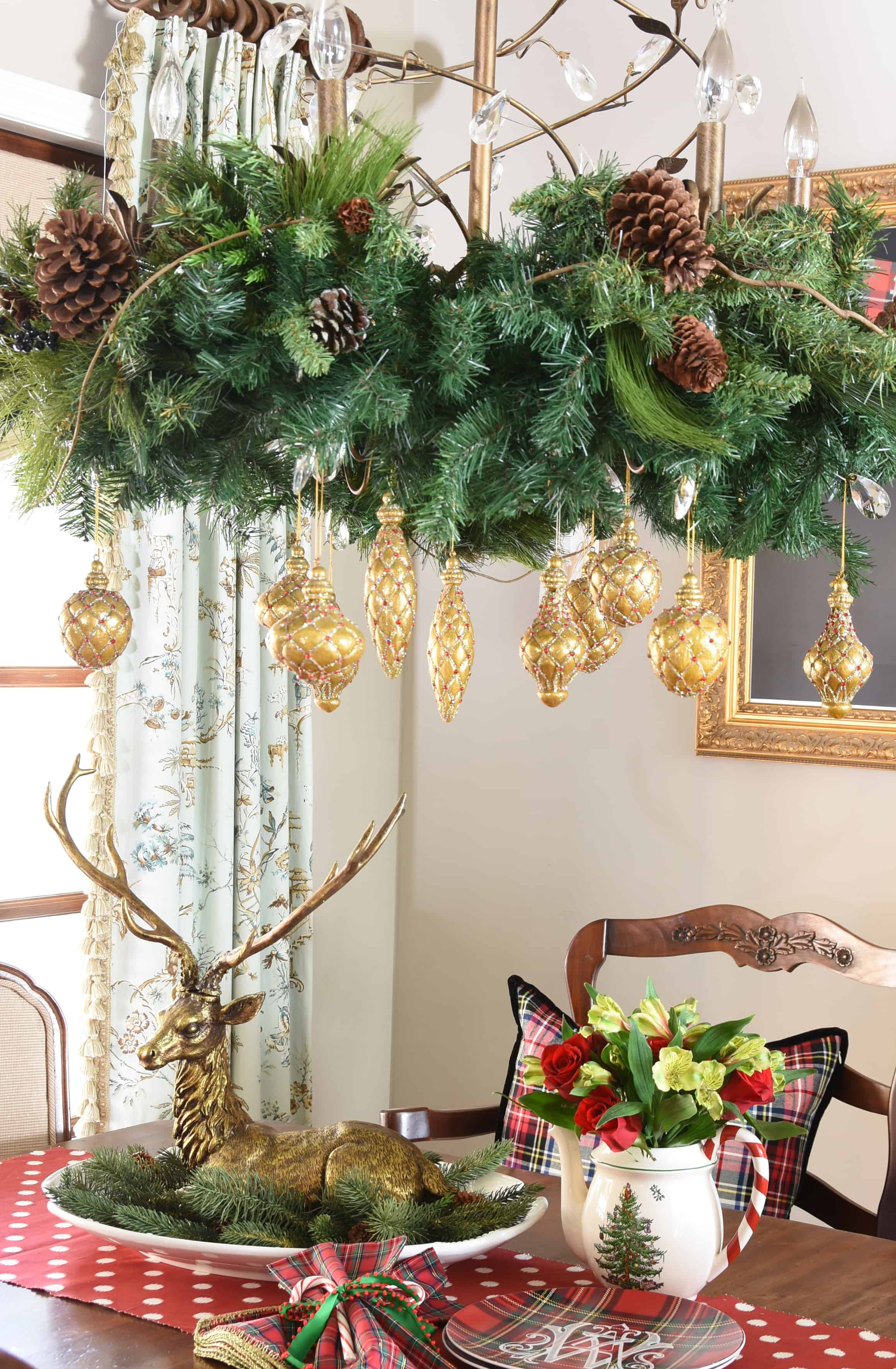 Deck the halls 2017 holiday home tour dixie delights dining room fandeluxe Choice Image