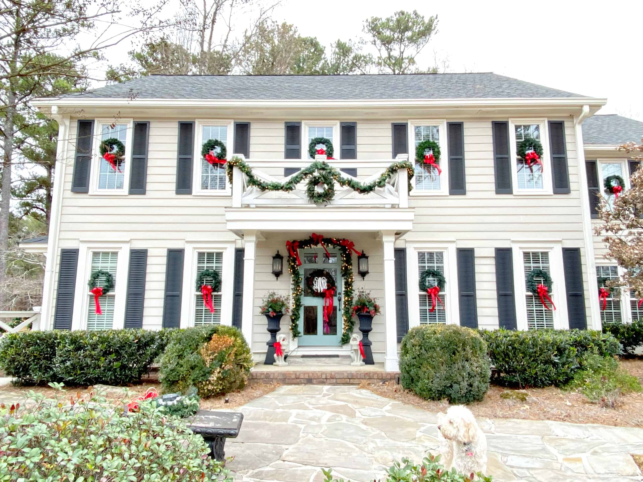 Holiday Home Tour 2019 Exterior Foyer Dixie Delights